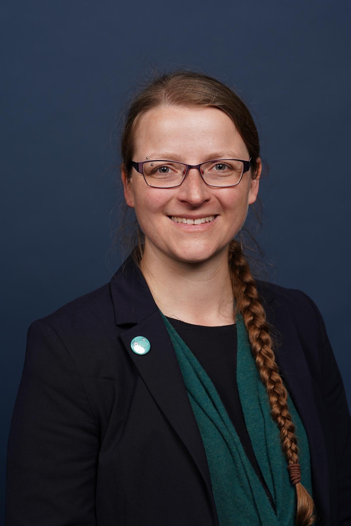 Fiona Nielsen Headshot